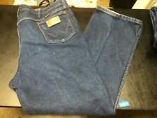 Wrangler Jeans Mens Size 42 x 30 style 937STR