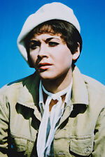 Linda Thorson As Tara King In The Avengers 11x17 Mini Poster Green Jacket & Hat