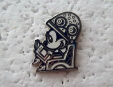 *~* DISNEY STORE MINNIE MOUSE HAIR DRYER PIN *~*