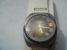 Fossil men's white leather,quartz,battery & water-resistant Analog dress watch.