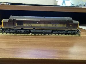 2 x LIMA/HORNBY 00 CLASS 37 37401 Mary Queen of Scots 1 EWS and 1 BR BLUE