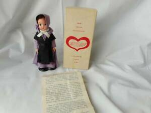 """Vintage Lancaster County Amish Souvenir Plastic Doll 5"""" with Stand"""