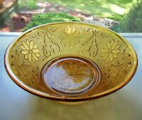 """Tiara Indiana Glass Amber Sandwich 8 1/2"""" Berry Vegetable Serving Bowl"""