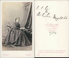 Barratt, Torquay, femme au livre CDV vintage albumen Tirage albuminé  6,5x10