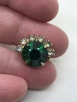 Emerald Green Crystal Small Vintage Gold  Pin Brooch D-4850