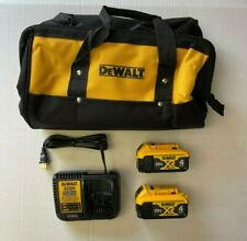 2 Dewalt 20V Max Xr 4.0Ah Lithium Ion Battery Dcb204 with Dcb115 Charger w/ Bag