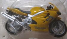 Moto Triumph 600 TT Altaya  N° 38
