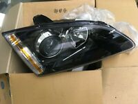 Ford Focus New Genuine Ford headlamp