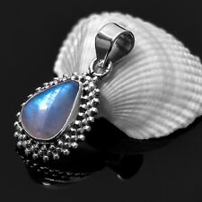 Striking 925 Sterling Silver Moonstone Gemstone Necklace Pendant Gift Boxed