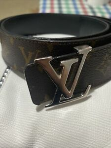 100% Genuine Louis Vuitton Belt (100/40)used