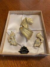 Superb Midcentury Goldtone Clip Earrings & Brooch Set Cultured Pearl