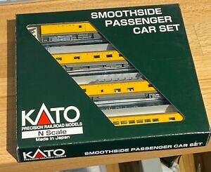 Kato N Scale 106-1102 UP Union Pacific Smoothside Cars (4)