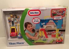 Little Tikes Kids Children Tikes Place Play Dollhouse w/ Family & Toy Miniatures