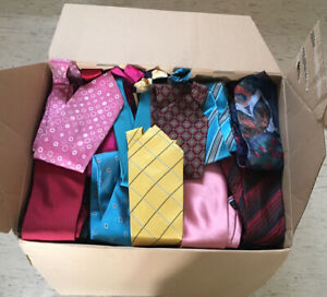 Job lot of 150 mens ties polyester/silk w/faults range of brands crafts material