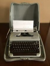 Olympia De Luxe Typewriter Made in Western Germany, Vintage Collectible Working