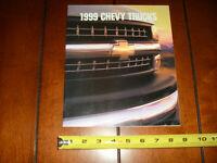 1999 CHEVROLET TRUCK SILVERADO C/K TAHOE SUBURBAN BLAZER FACTORY DEALER BROCHURE
