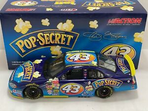Jeff Green #43 2003 Pop Secret Dodge Intrepid 1/24 NASCAR Diecast
