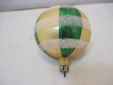 Old Vintage Green Gold Holiday Christmas Tree Ornaments 2 1/2""