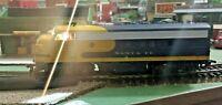 HO scale Athearn Santa Fe F7A diesel Locomotive   Repair