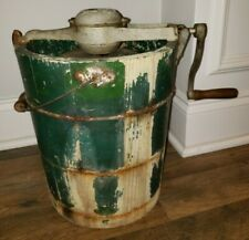 VINTAGE 1923 WHITE MOUNTAIN FREEZER 4 QUART WOODEN HAND CRANK ICE CREAM MAKER