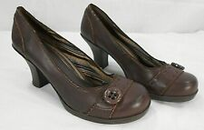 FASHION BUG womens dark brown chunky heels size 8 W