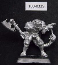 Citadel Warhammer CHAOS CHAMPION of Khorne w axe & mutations (1988) rare