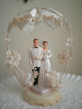 Lovely Vintage Bride & Groom Cake Topper 1950s