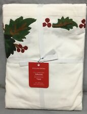 """Williams Sonoma Holly Berry Crewel 70x108"""" Tablecloth"""