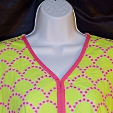 Scrub Top XS Peaches Pink Flowers on Lime Green Background Elastic Waist w Tie