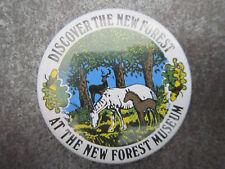 New Forest Museum Pin Badge Button Souvenir Tourist (L2B)