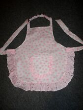 CHILDS APRON IN WHITE & GREY WITH PINK FLOWERS 5 - 6 - 7 years