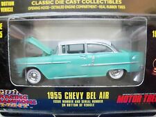RACING CHAMPIONS MINT - MOTOR TREND - 1955 CHEVY BEL AIR SEAFOAM / WHITE - 1/64