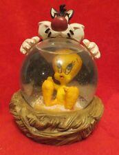 Warner Brothers Sylvester & Tweety Snowglobe