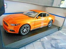 FORD Mustang GT Coupe 2015 orange V8 Muscle Car US Maisto 1:18