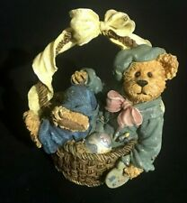 Boyds Bears and Friends Resin Rembrandt Eggsellent Work 227790 2001