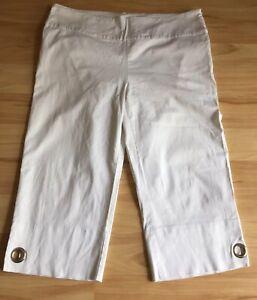 Cordelia St Off White Capri Pants With Leg Slits & Ring Feature Size 18 EUC