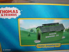 Lionel 6-37989 Sodor Shipping Co Train Shed Covered Bridge O 027 2012 Thomas MIB