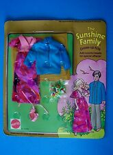 Rare 1975 SUNSHINE  FAMILY DRESS-UP KITS  with COLORFUL BEADS Family of 3 MIP