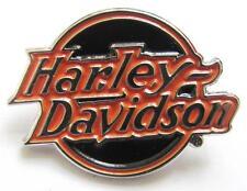 11699 HARLEY DAVIDSON PIN BADGE ROUND ORANGE & BLACK ENAMEL LOGO MOTORCYCLE BIKE