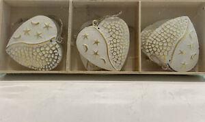 6 X Hanging Gold & White Ornaments Christmas Decorations Centrepiece