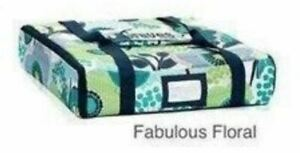 THIRTY-ONE 31 PACK-A-PARTY THERMAL Fabulous Floral New with Tags Navy Turquoise