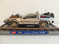 LOREAN RETOUR VERS LE AVENIR 1/18 Back to the Future SUN STAR 2714 Railroad