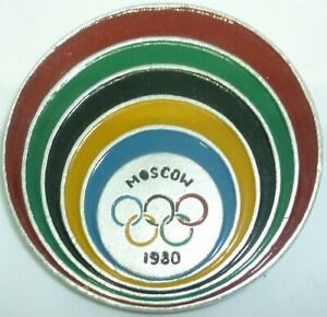 1980 OLYMPICS MOSCOW BUTTON PIN XXII OLYMPIC GAMES