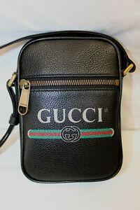 NWT GUCCI Grained Calfskin Logo Messenger Bag Black Shoulder Crossbody Unisex