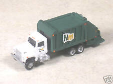 N Scale 2000 Imternational WM Green Garbage Truck