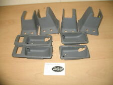 Range Rover P38 Seat Feet Finishers and Door Handle Cups in grey - year 2000