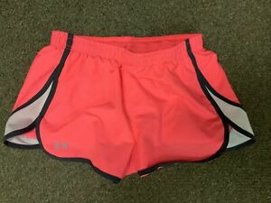 Women's Under Armour Shorts Size Small Neon Pink Semi-Fitted Gently used