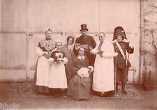 C230 Photographie vintage original Militaire groupe déguisement fun amusant curé