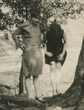 ANTIQUE VINTAGE FLAPPER AMERICAN RISQUE LADIES LEG STOCKINGS UPSKIRT OLD PHOTO
