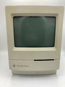 Vintage Apple Macintosh Classic M0420 POWERS ON/NO OS